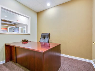 professional-business-suites-in-whittier-4